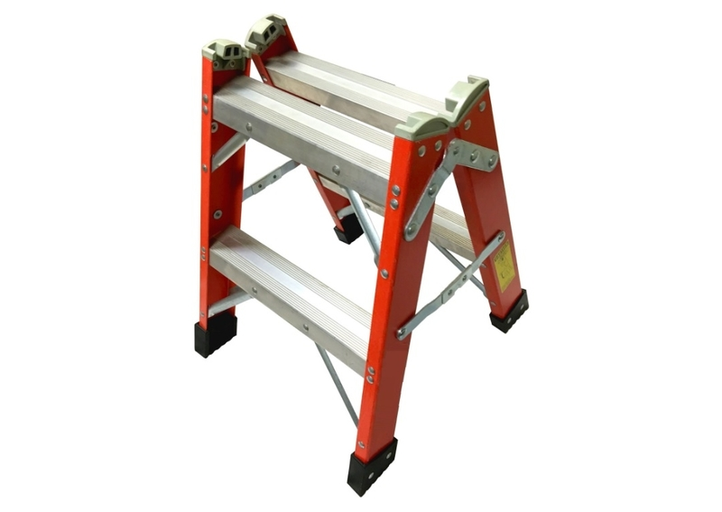 2 Fiberglass Twin Step Stool Advanced Ladders And Scaffold